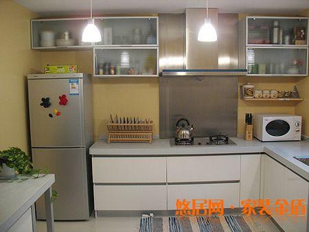 厨房冰箱效果图